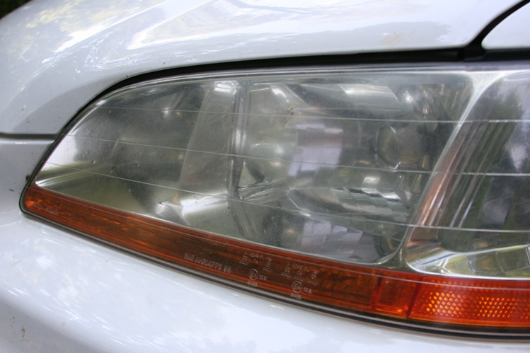 91db1d9b83fc9215ef45b7a4f1e716a7  Headlight Haze Removal