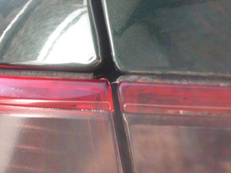 f366acc8b517e819375b5120f9540ced  Uneven Taillights on Sedans/Coupes Fix