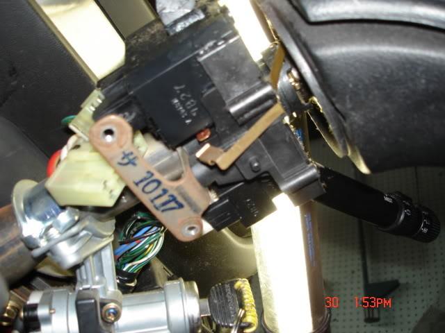 586176ea8e2360f571ab6b40de35cabf  how to fix a broken signal arm 89 EF