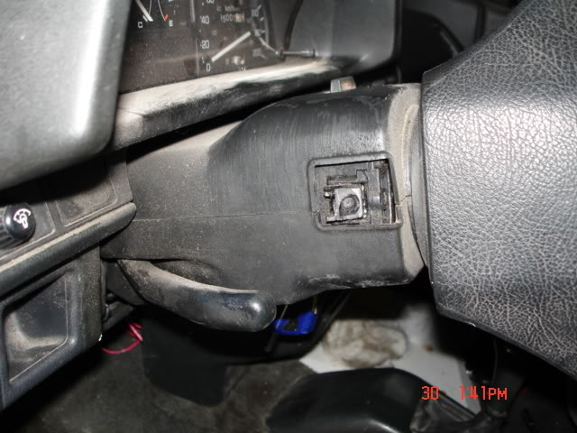 e2e5520f0a47d32df72346168eed3117  how to fix a broken signal arm 89 EF