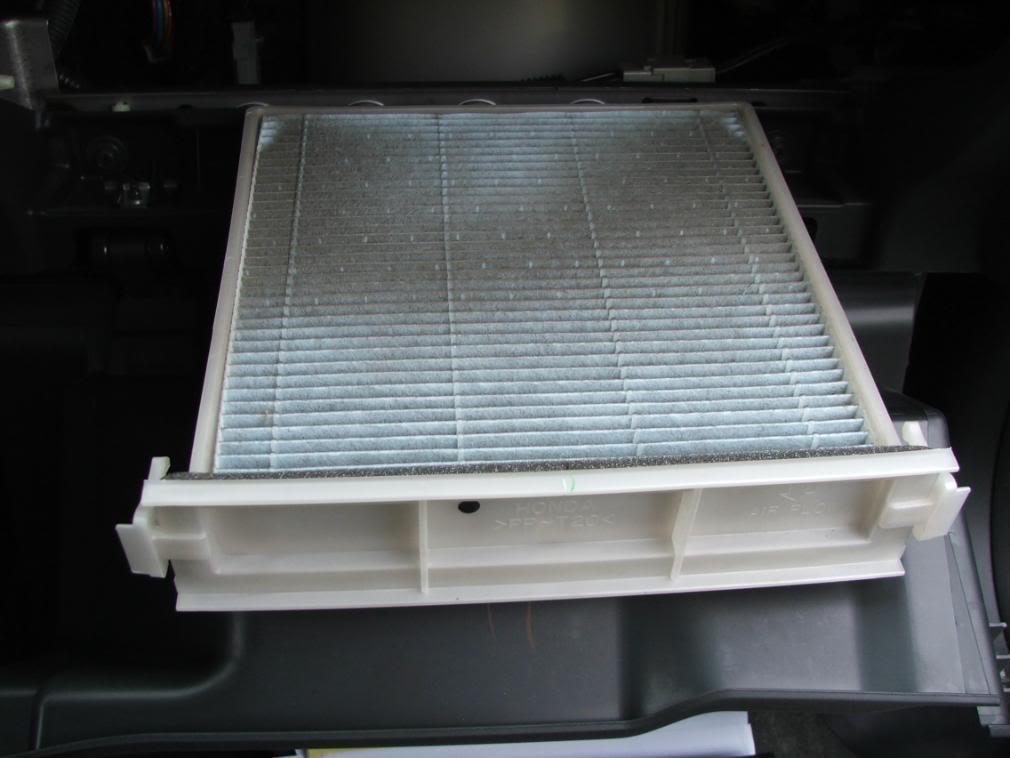 99f4fb2b54429fc2689dc80de45d30d3  Dust/Pollen Filter Replacement