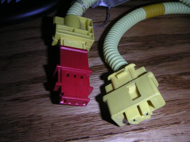 0032eb1ee52d25f6b88d3cf5f464c575  Airbag clip swap OBD2 to OBD1
