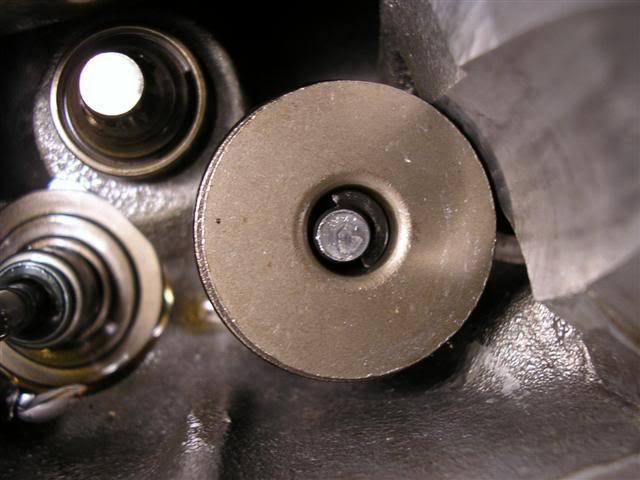 2c95874ee40c26b92edc9e8af4248023  Install Valvesprings & Valve Seals