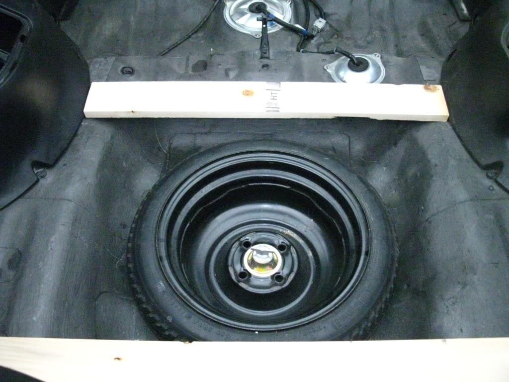 325c66315ecb69ed93962962b510d2b7  rear seat delete/trunk floor