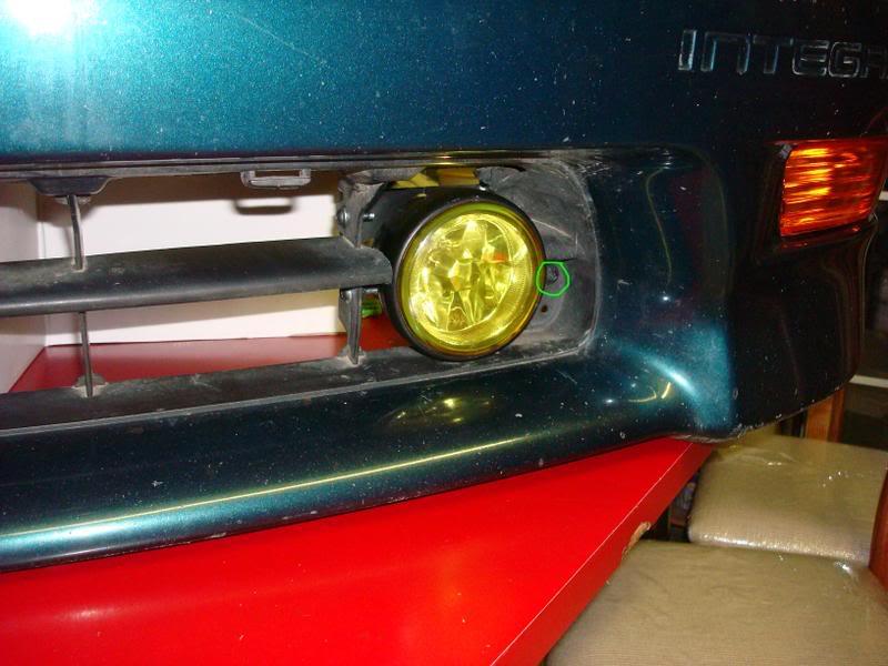 32e71af9c89c2f3955d6f3e012a10988  Civic foglight install