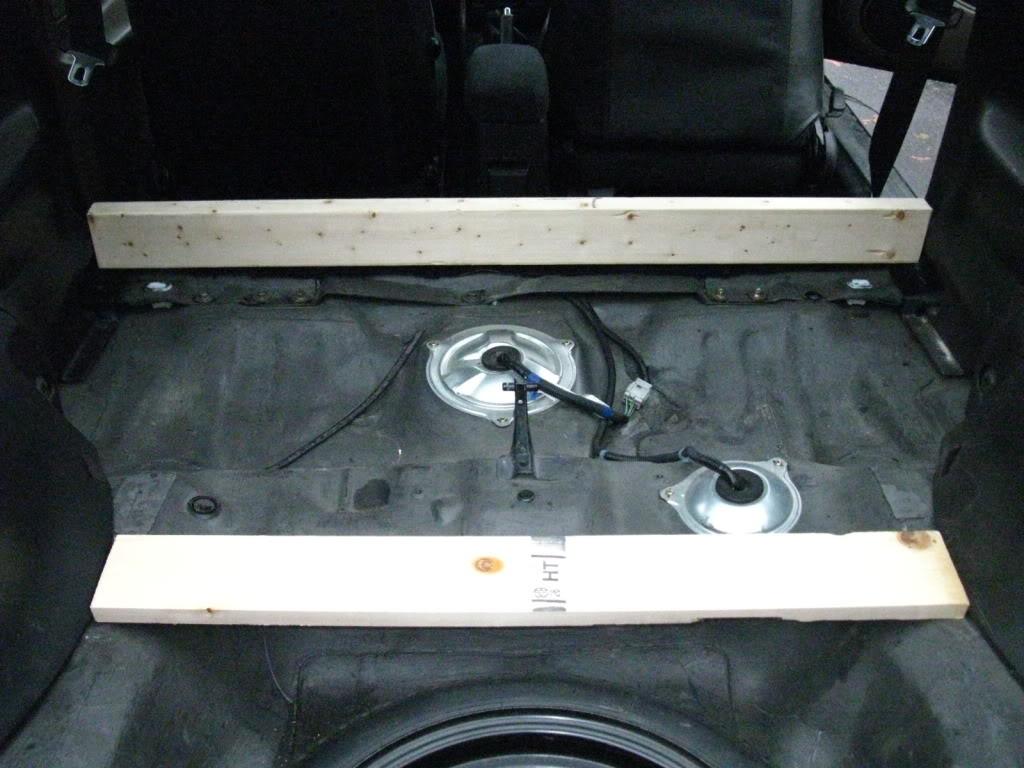 3d2e6f119b8c11691f48fe7827a180dc  rear seat delete/trunk floor