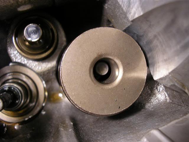 8384c6906c694efb38c3f56232e5eed7  Install Valvesprings & Valve Seals