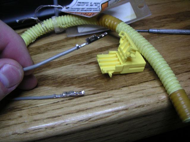 9170e0ee451a8966a61d1f8b453003ba  Airbag clip swap OBD2 to OBD1