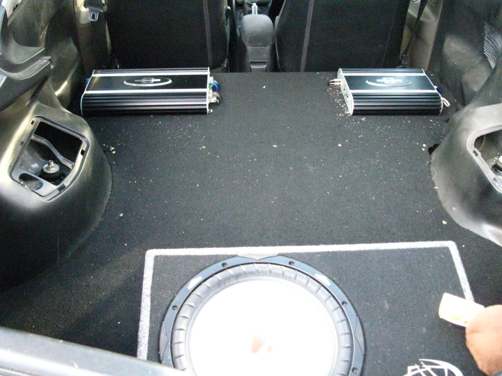 a5f632d5071e0fe587d91156f4689106  rear seat delete/trunk floor
