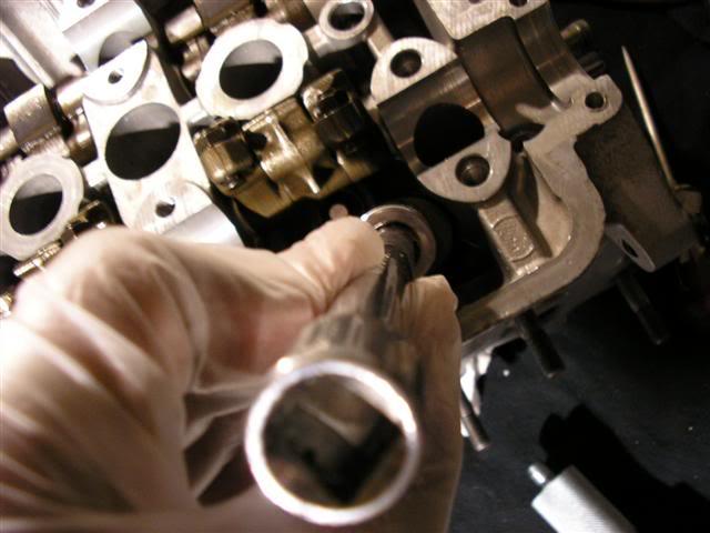 a88984b66f0897d5108dbbe43449ff70  Install Valvesprings & Valve Seals