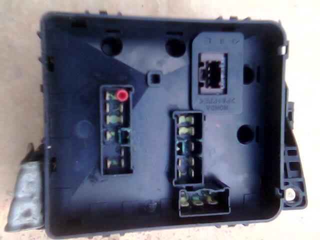 aa0569af67115539d40d3986b9122d23  HID with G3 underhood fuse box