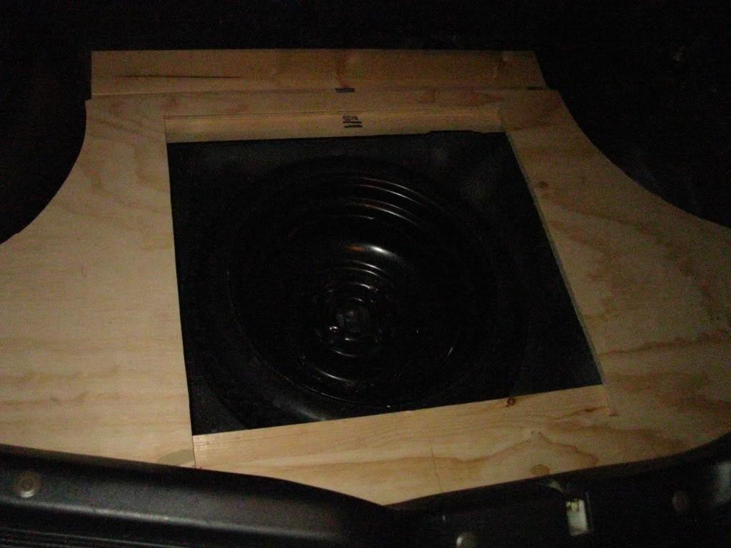 b0e226c02a0756930c24938aa49fe630  rear seat delete/trunk floor