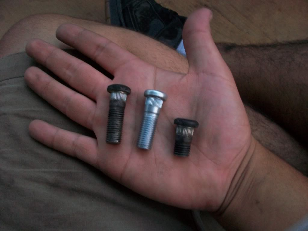 b4117c582c82e4799fa8e486458bd8af  Broken Wheel Stud Repair