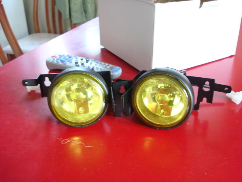 c0c856c2660e70eaa3dbb8eae0f83ffb  Civic foglight install