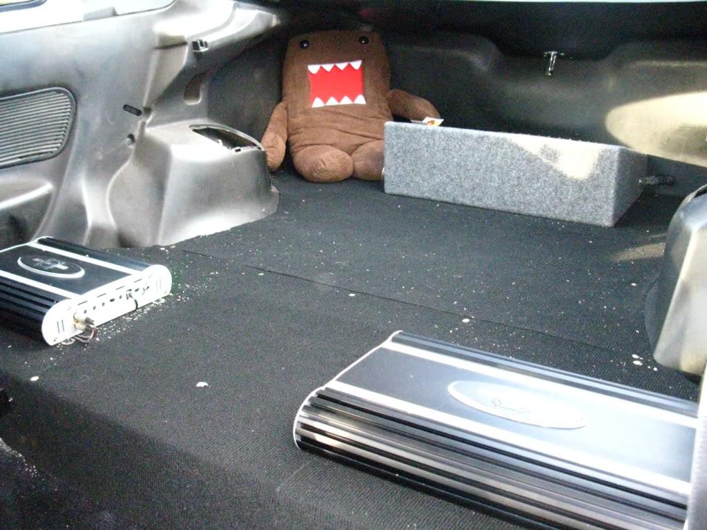 e3d472dc42543531bab0ee73462977e3  rear seat delete/trunk floor