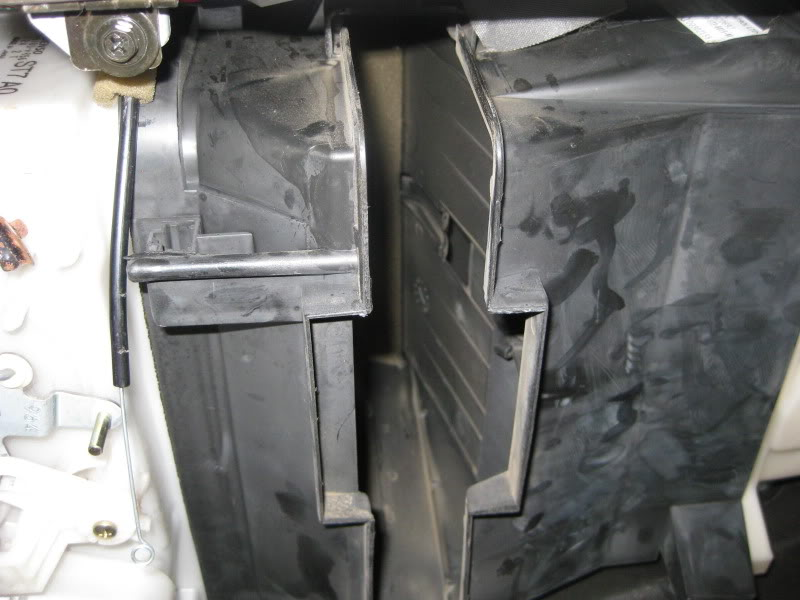 f8d38c32f4eb5ef065f92ac2bed18a1a  G3 cabin air filter replacement